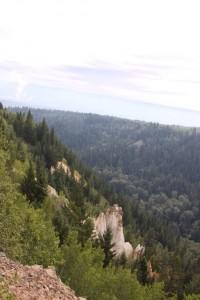 12 pinnacles