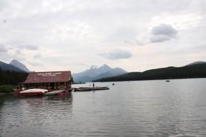 15 maligne lake